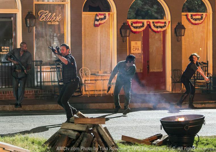 Bastidores da terceira temporada de The Walking Dead: Episódio 3x08 -