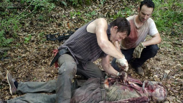 021 - autopsy_zombie_the_walking_dead_better