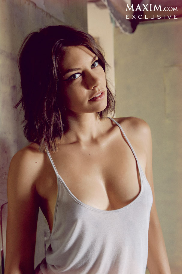 Lauren-Cohan-by-Maxim-004.jpg