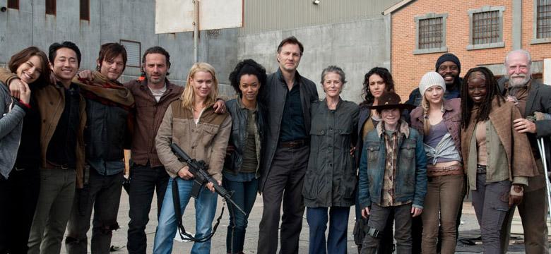 Em aquecimento para a 4ª temporada, o elenco e os produtores de The Walking Dead comentam sobre os momentos finais da 3ª temporada