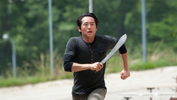 Steven Yeun fala sobre o novo papel de Glenn, Vingança do Governador e sobre 'comer M#%&'