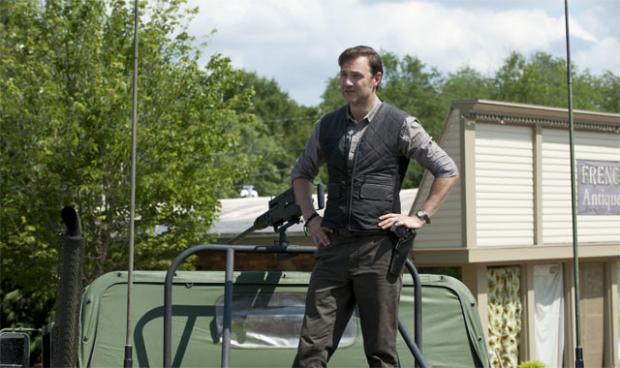Governador-3-Temporada-The-Walking-Dead-002