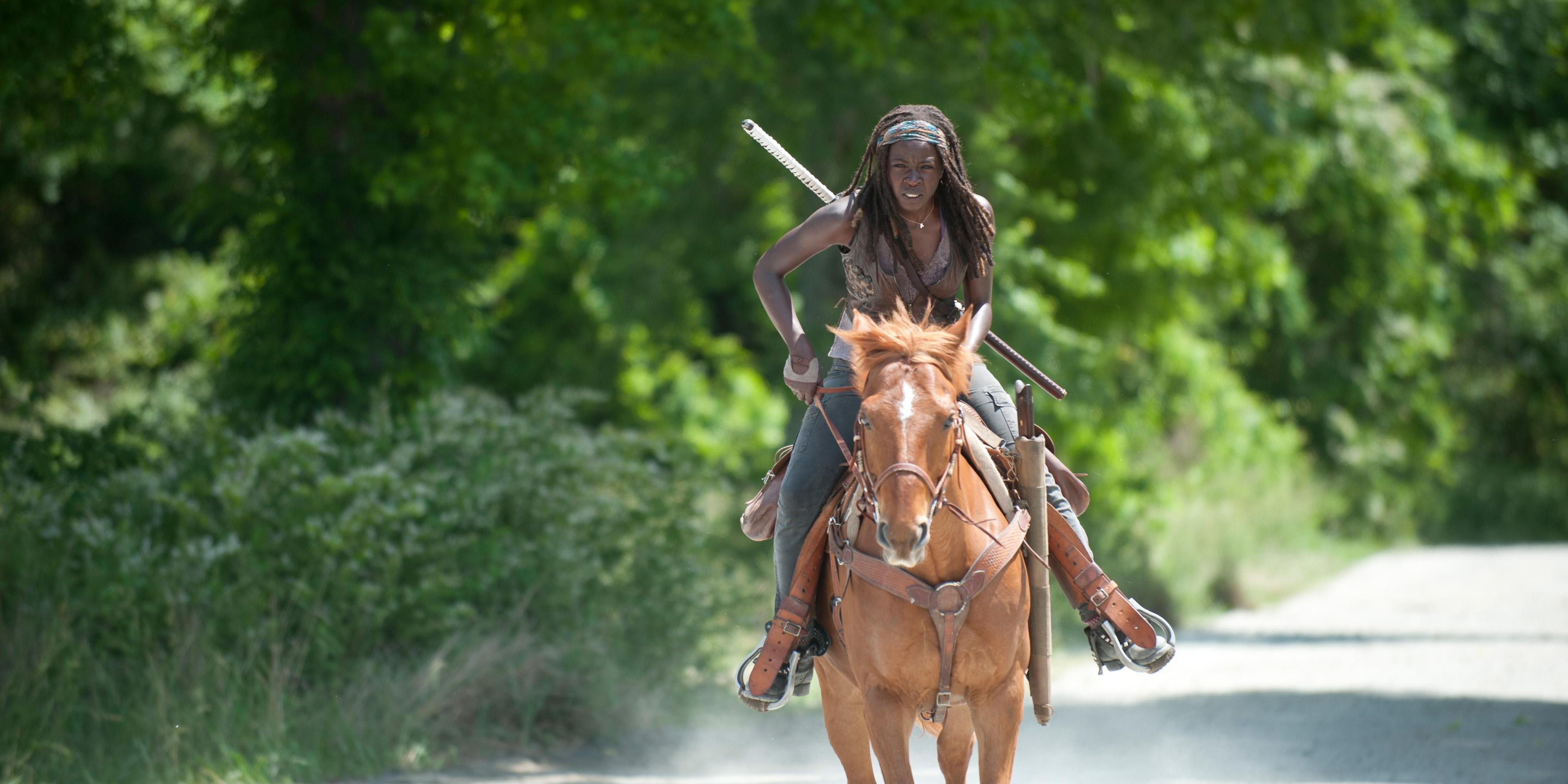Michonne-The-Walking-Dead-4-Temporada-Episodio-S04E02-Infected-002