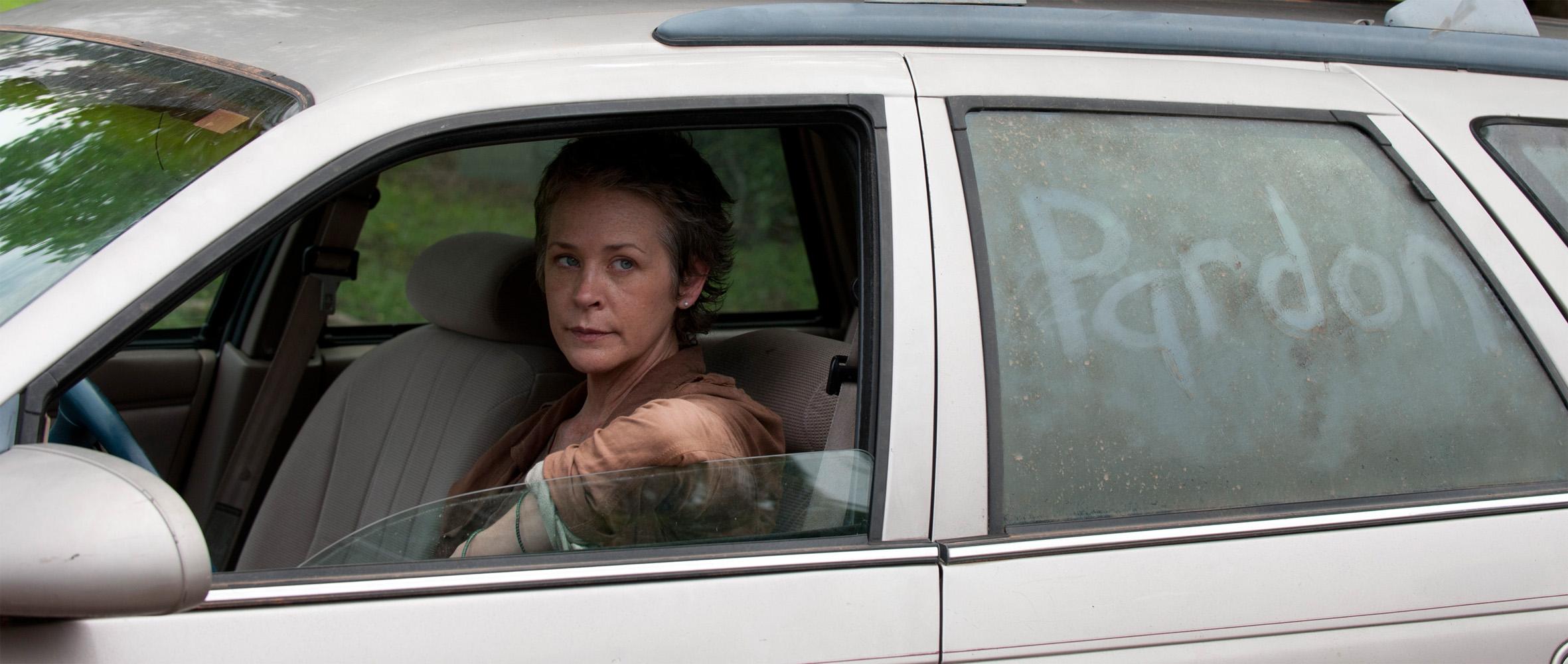 """Melissa McBride fala sobre o futuro de Carol e a falta de """"Sexy Time"""" com Daryl"""