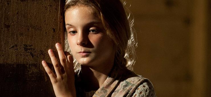 Lizzie-Samuels-The-Walking-Dead-4-Temporada-002