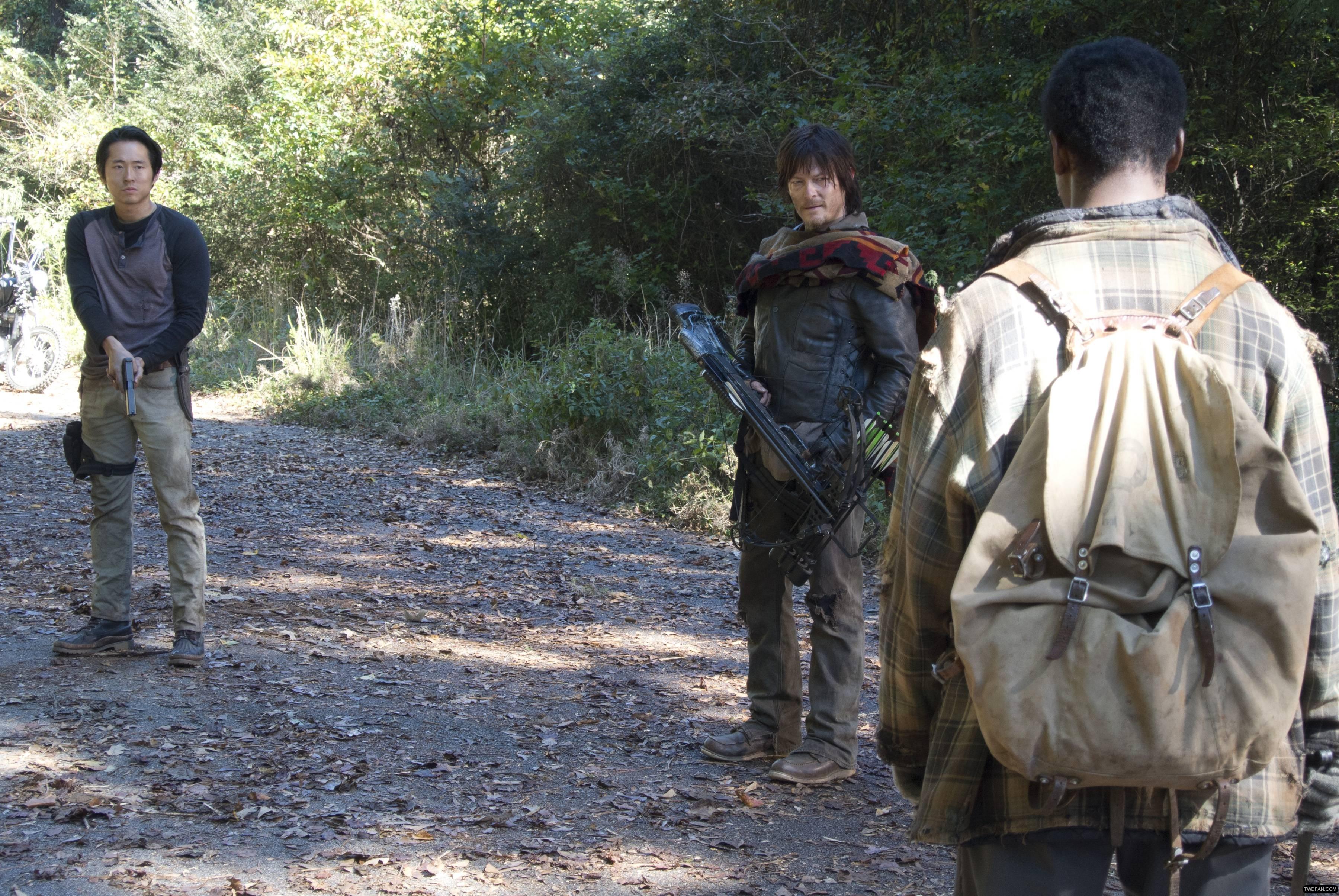 glenn-daryl-bob-the-walking-dead-4-temporada-alone