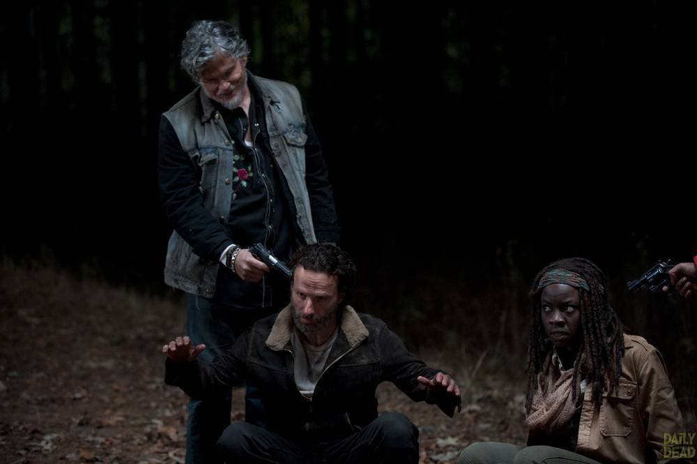 Joe-Rick-Michonne-The-Walking-Dead-S4-Finale