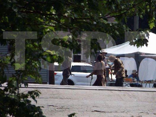 Eugene-Easy-Shop-The-Walking-Dead-5-Temporada-Set-001
