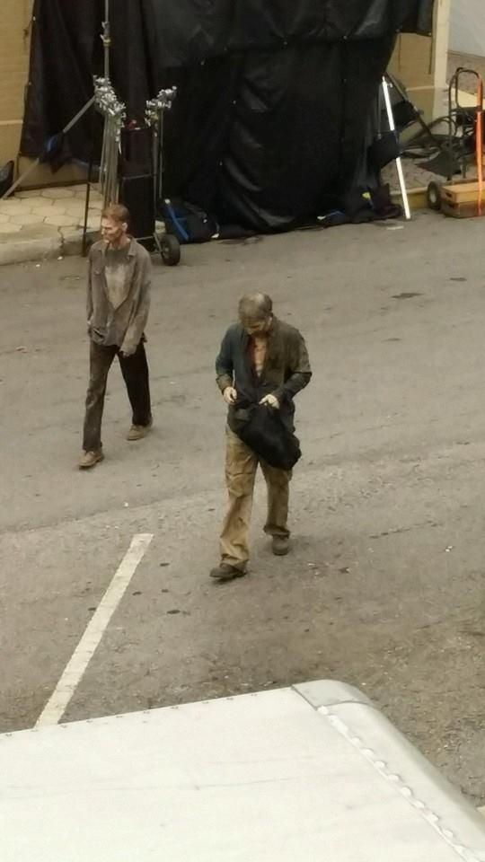 Walkers-Easy-Shop-The-Walking-Dead-5-Temporada-Set-001
