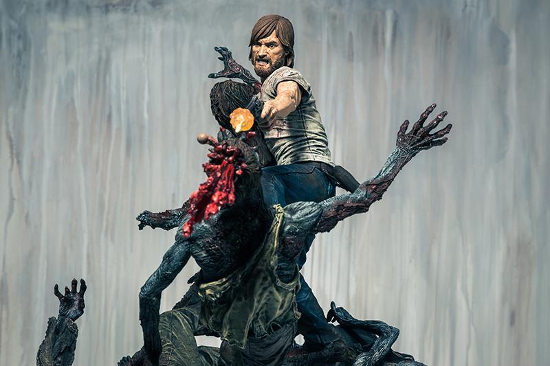 rick-grimes-estatua-mcfarlane-toys-002
