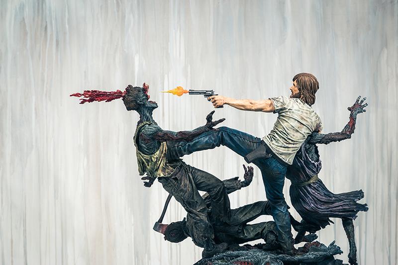 rick-grimes-estatua-mcfarlane-toys-003