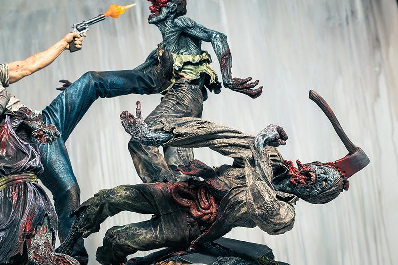 rick-grimes-estatua-mcfarlane-toys-004