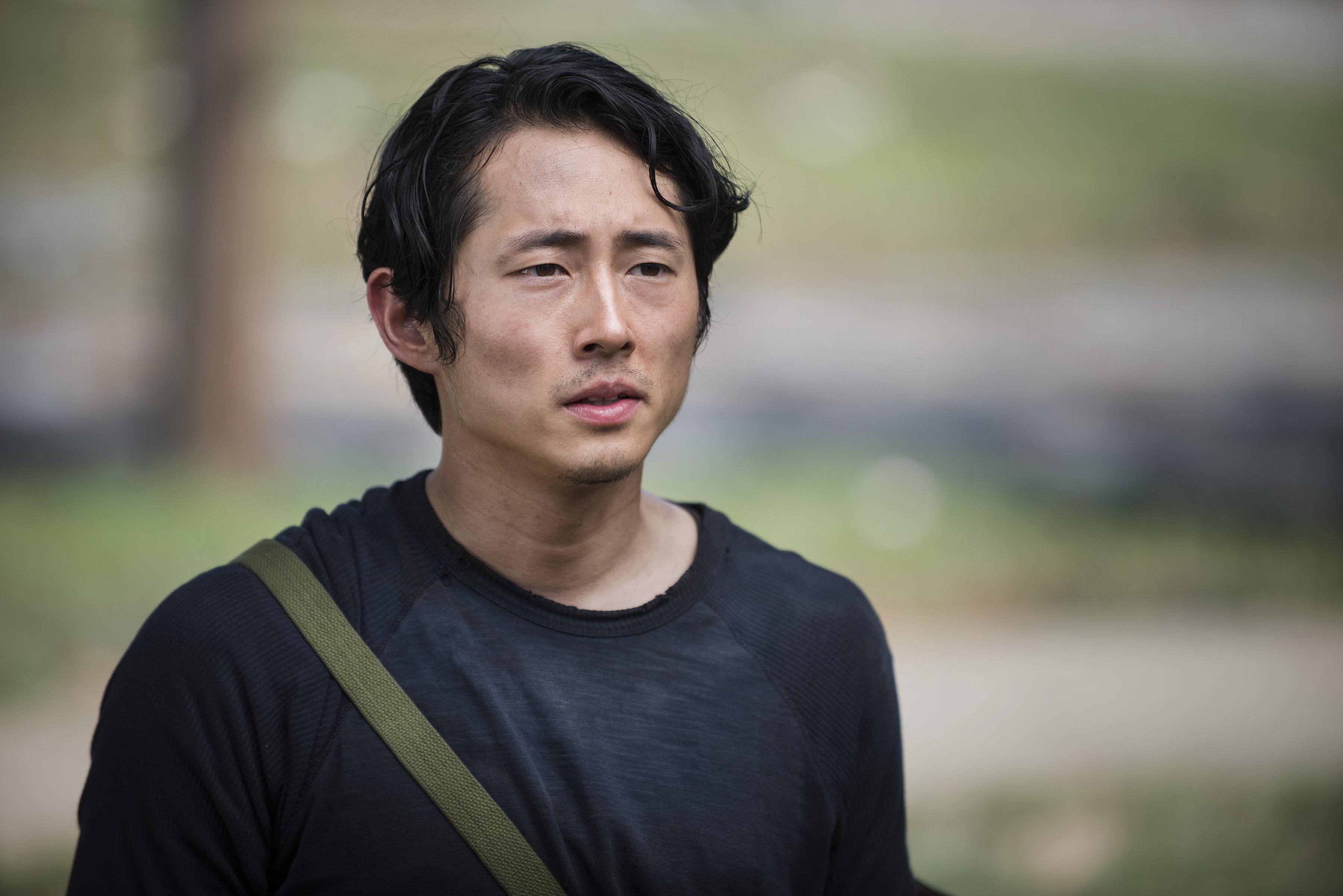 Glenn-The-Walking-Dead-5-Temporada-S05E02-Strangers-HQ-001