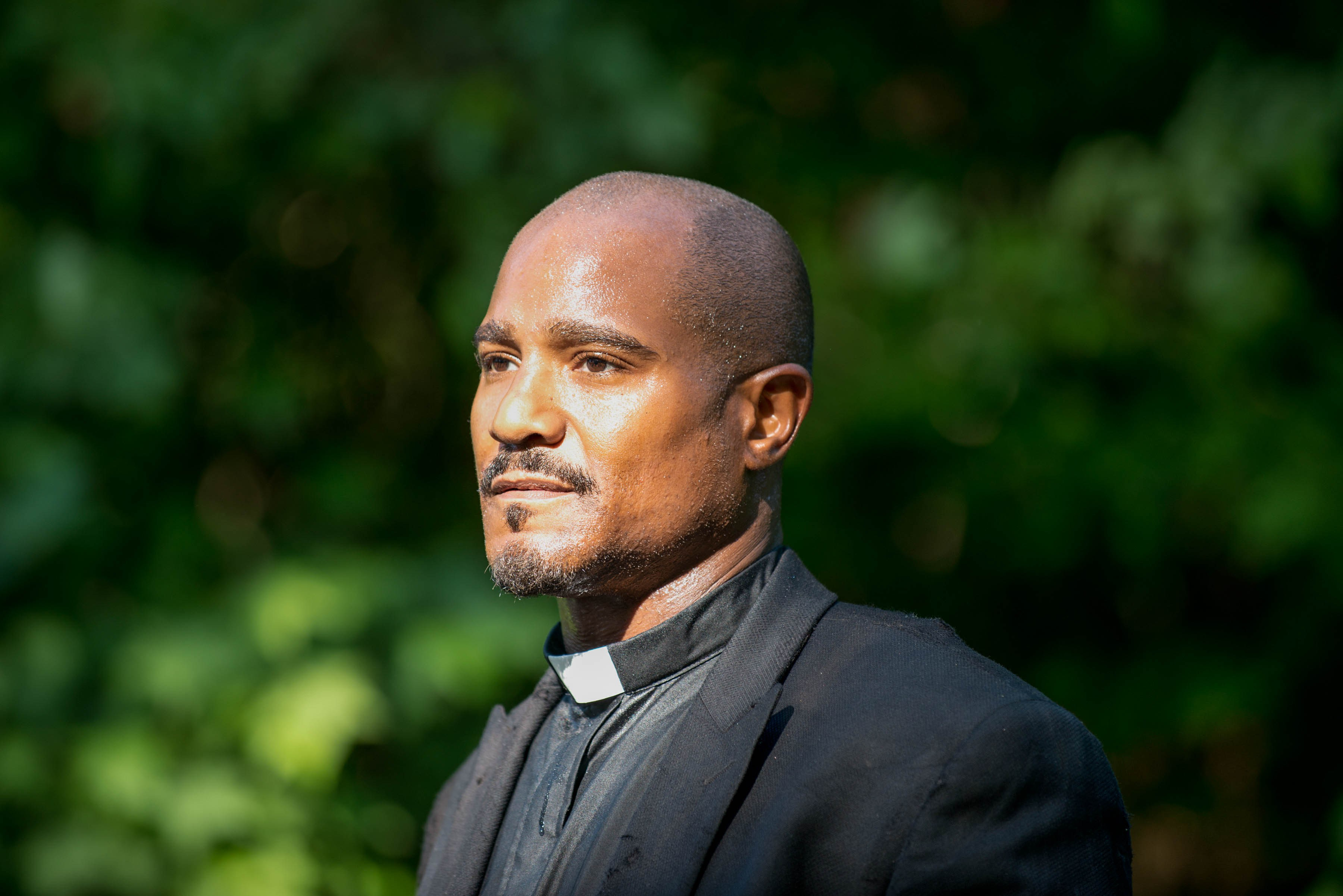 Padre-Gabriel-The-Walking-Dead-5-Temporada-S05E02