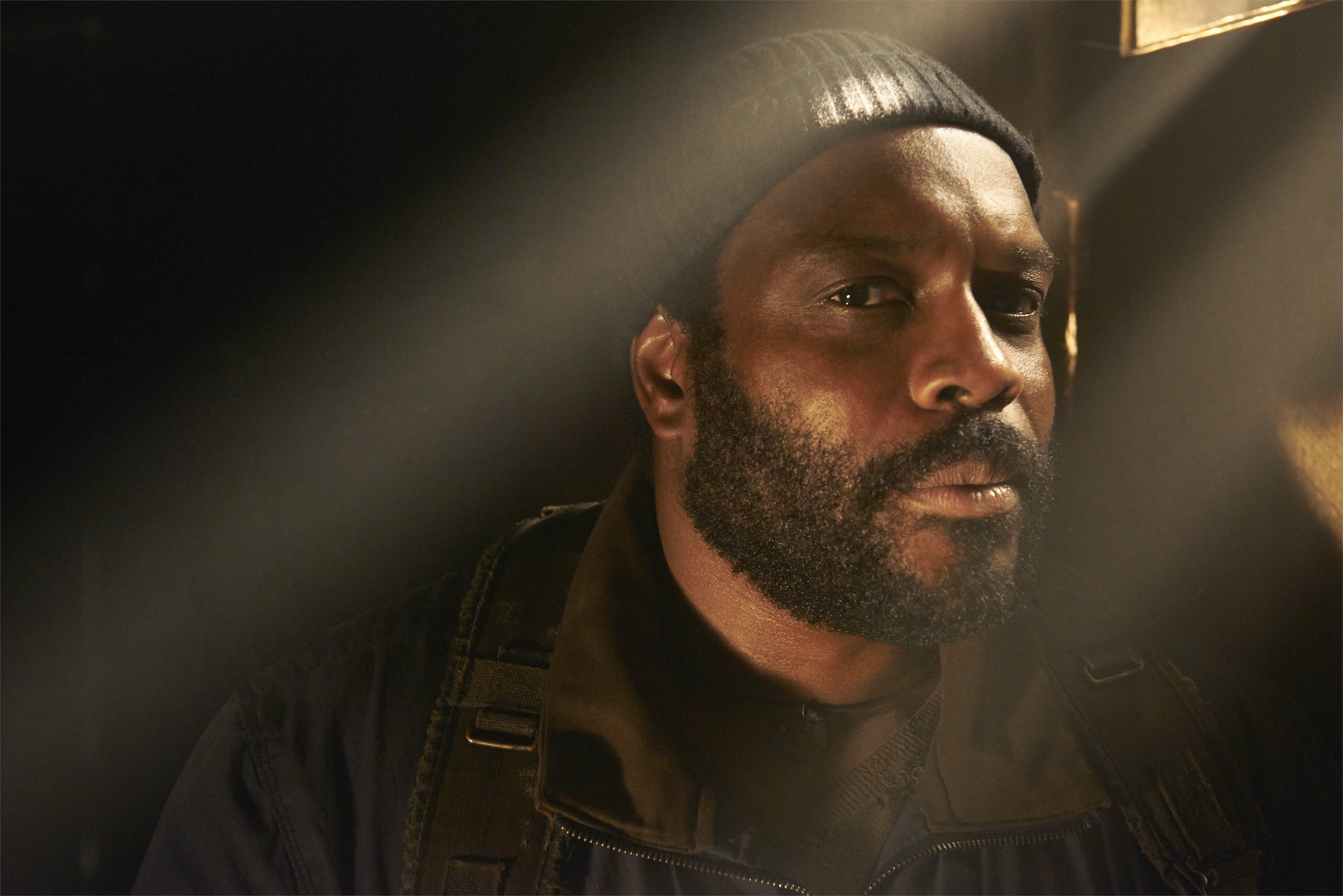 Tyreese-The-Walking-Dead-5-Temporada-Personagens-HQ-015