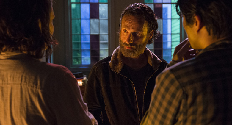 "Por dentro de The Walking Dead: Elenco e produtores comentam o episódio S05E03 – ""Four Walls and a Roof"""