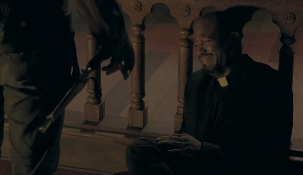 Padre-Gabriel-Seth-The-Walking-Dead-5-Temporada