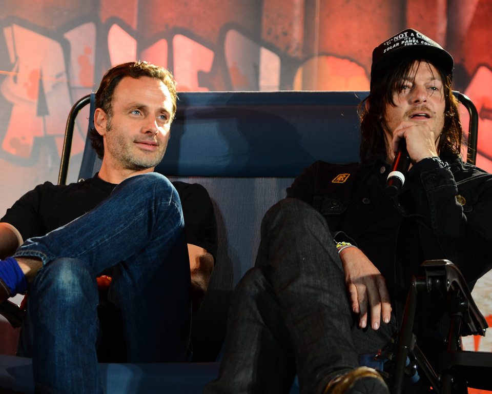 Painel-Bromance-Andrew-Lincoln-Norman-Reedus-Walker-Stalker-Con-Atlanta-2014-0007