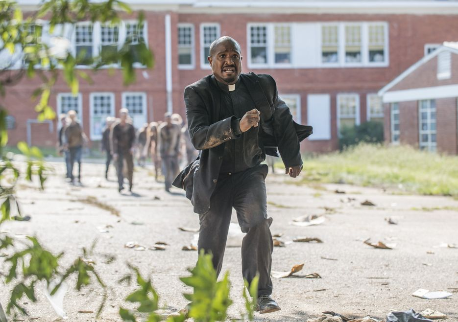 gabriel-the-walking-dead-5-temporada-coda