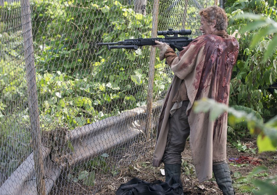 001-carol-the-walking-dead-5-temporada