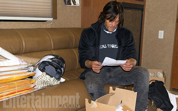 norman-reedus-the-walking-dead-5-temporada-set-008