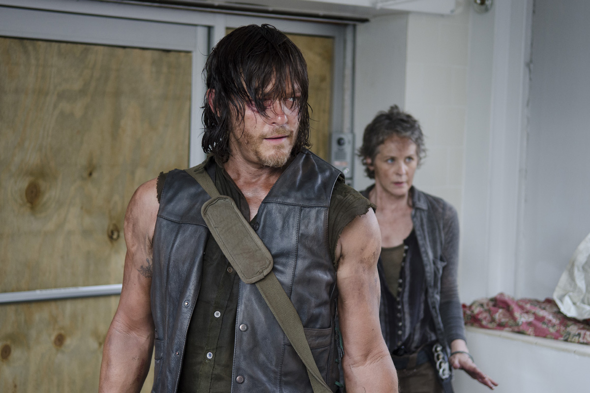 the-walking-dead-caryl-discussao-004