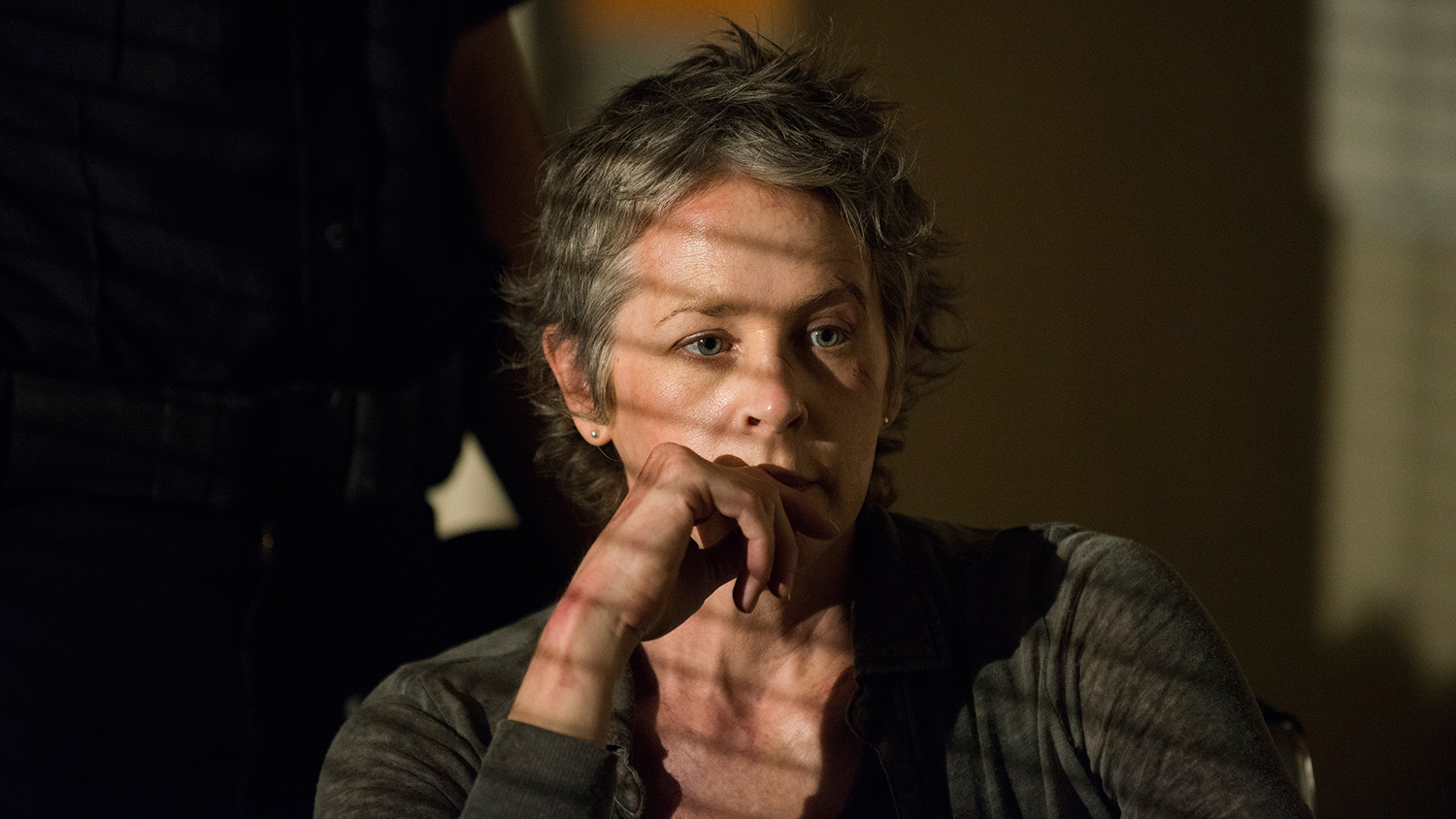 the-walking-dead-melissa-mcbride-carol-002