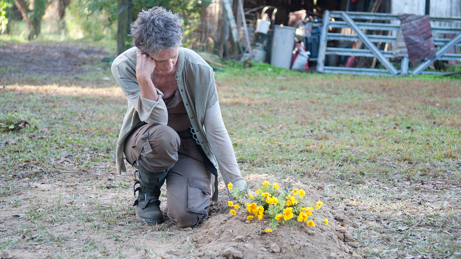 the-walking-dead-melissa-mcbride-carol-005