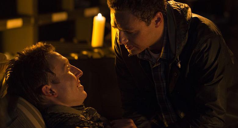 Ross Marquand fala sobre o primeiro relacionamento gay entre homens na série The Walking Dead
