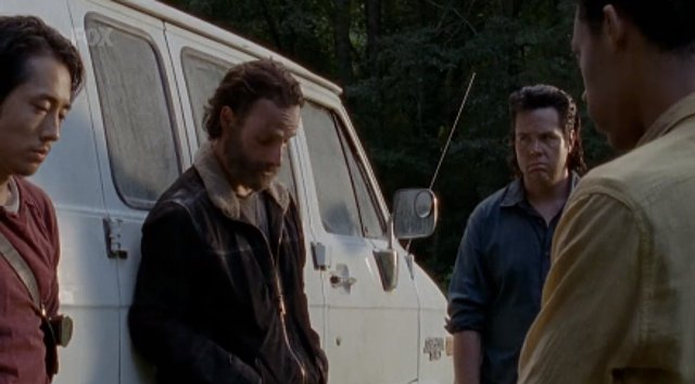 the-walking-dead-s05e09-what-happened-and-whats-going-on-sneak-peek-analise-003