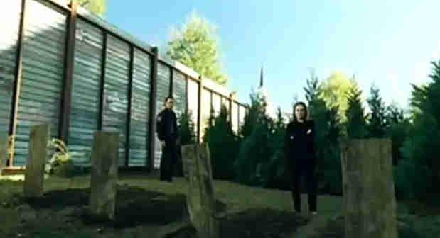 Rick-Deanna-Try-The-Walking-Dead
