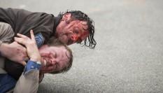 Imagem de The Walking Dead 5ª Temporada: Andrew Lincoln fala sobre a cena épica de briga