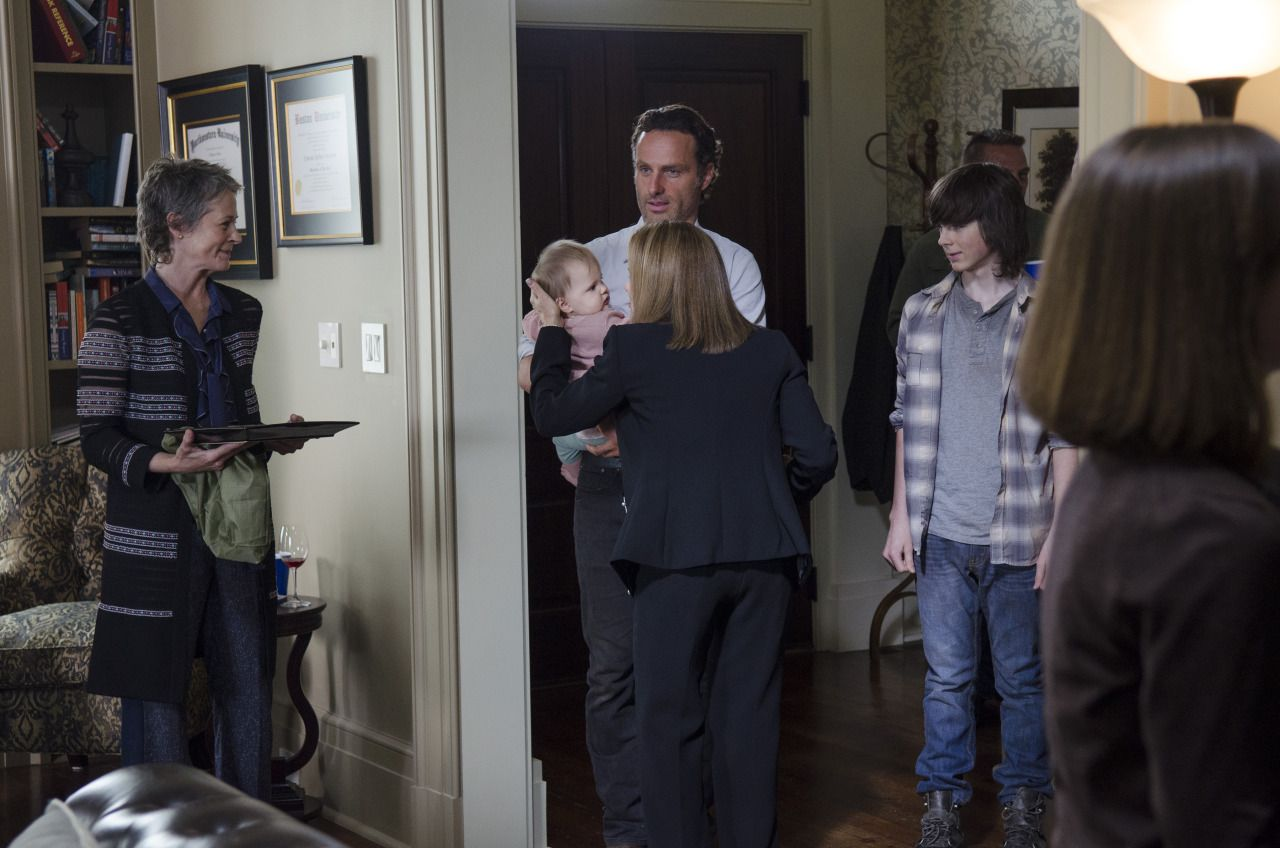 the-walking-dead-5-temporada-forget-review-001