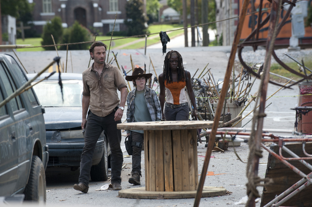 the-walking-dead-clear-003
