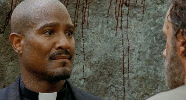 Especulando sobre The Walking Dead: O que o Padre Gabriel está tramando?