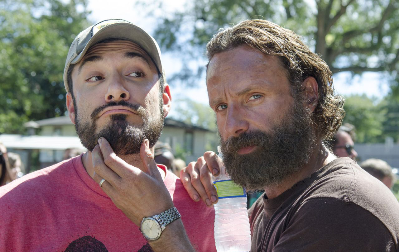 the-walking-dead-remember-bastidores-001