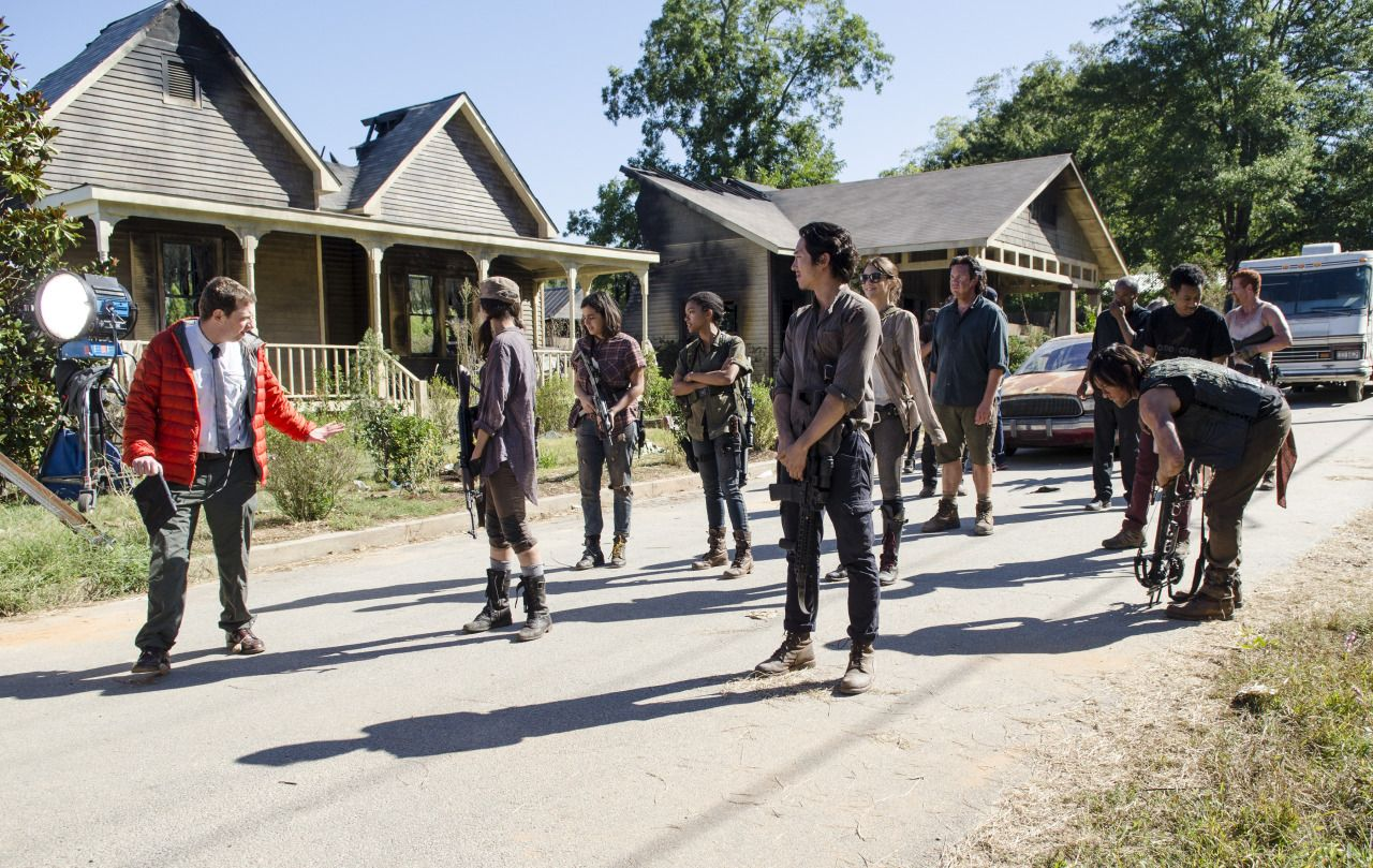 the-walking-dead-remember-bastidores-003