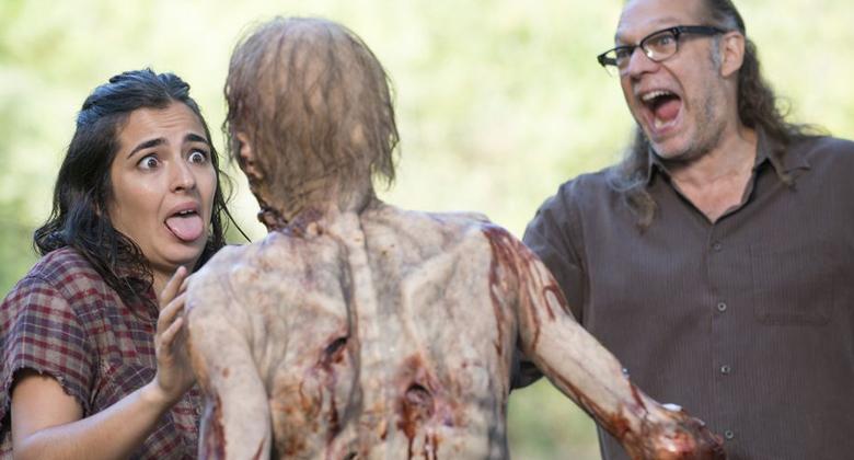 Greg Nicotero revela cenas deletadas do episódio 12 da 5ª temporada