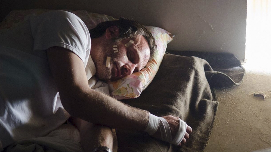 gale-anne-hurd-6-temporada-fear-the-walking-dead-kickstarter-001