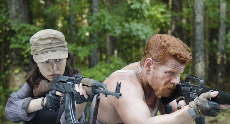 the-walking-dead-episode-511-rosita-serratos-abraham-cudlitz-935
