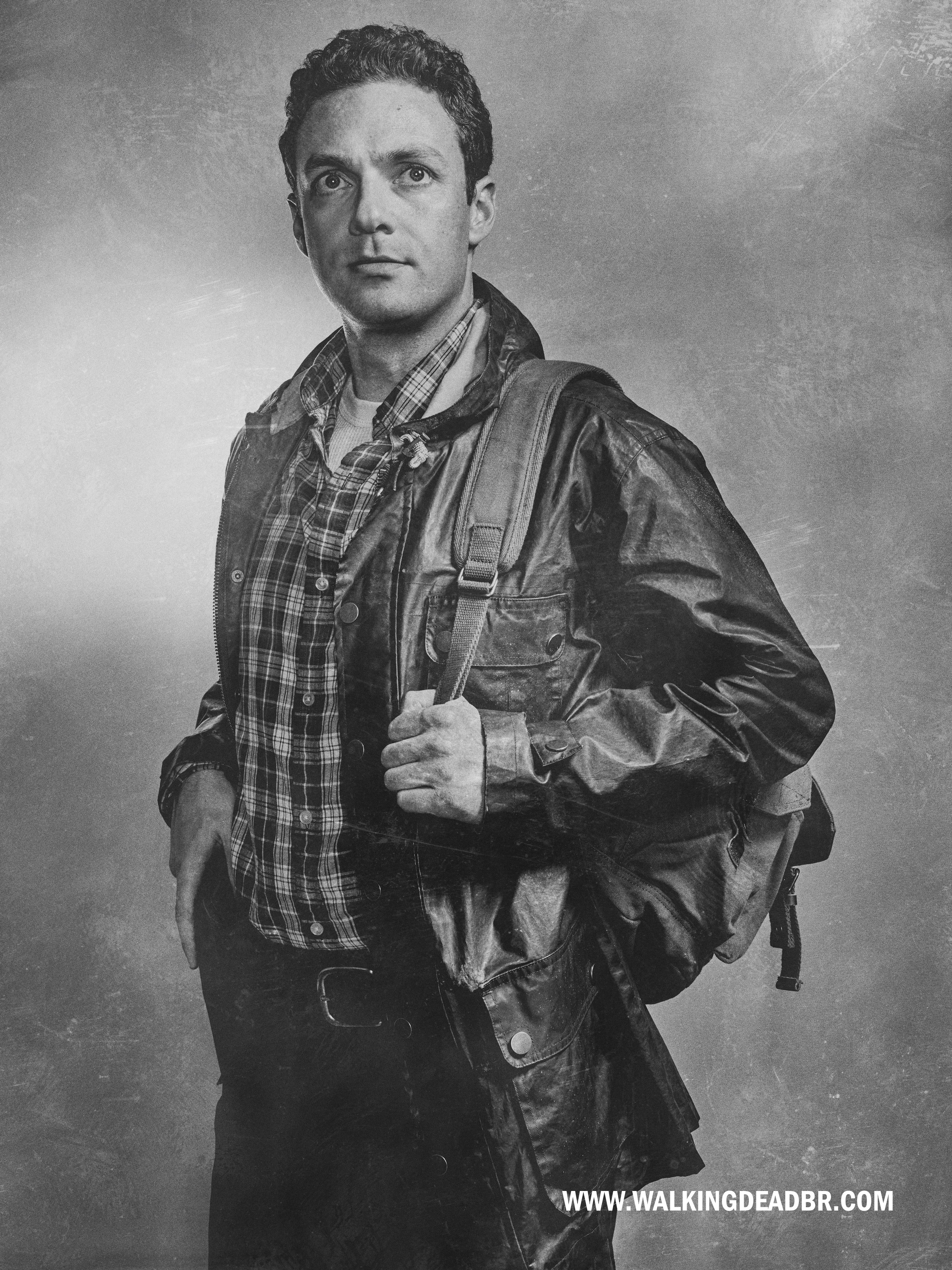 011-aaron-the-walking-dead-6-temporada-portrait