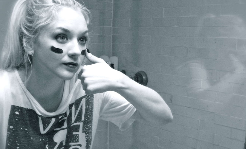 EMILY KINNEY this is war walkingdeadbrasil