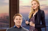Love on the Sidelines | Confira o trailer da comédia romântica estrelada por Emily Kinney