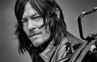 Norman Reedus diz para nos prepararmos para um Daryl