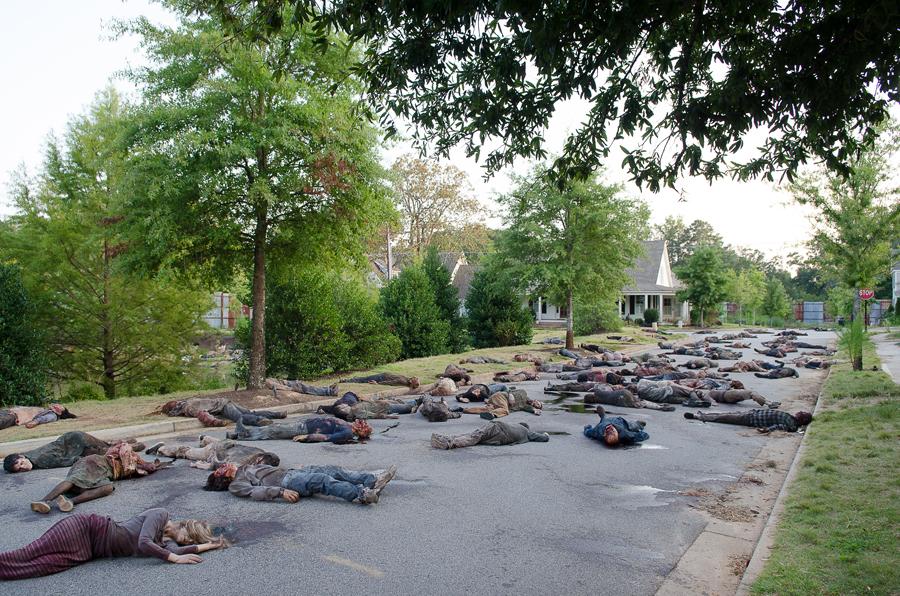 Walkers - The Walking Dead _ Season 6, Episode 9 - Photo Credit: Gene Page/AMC