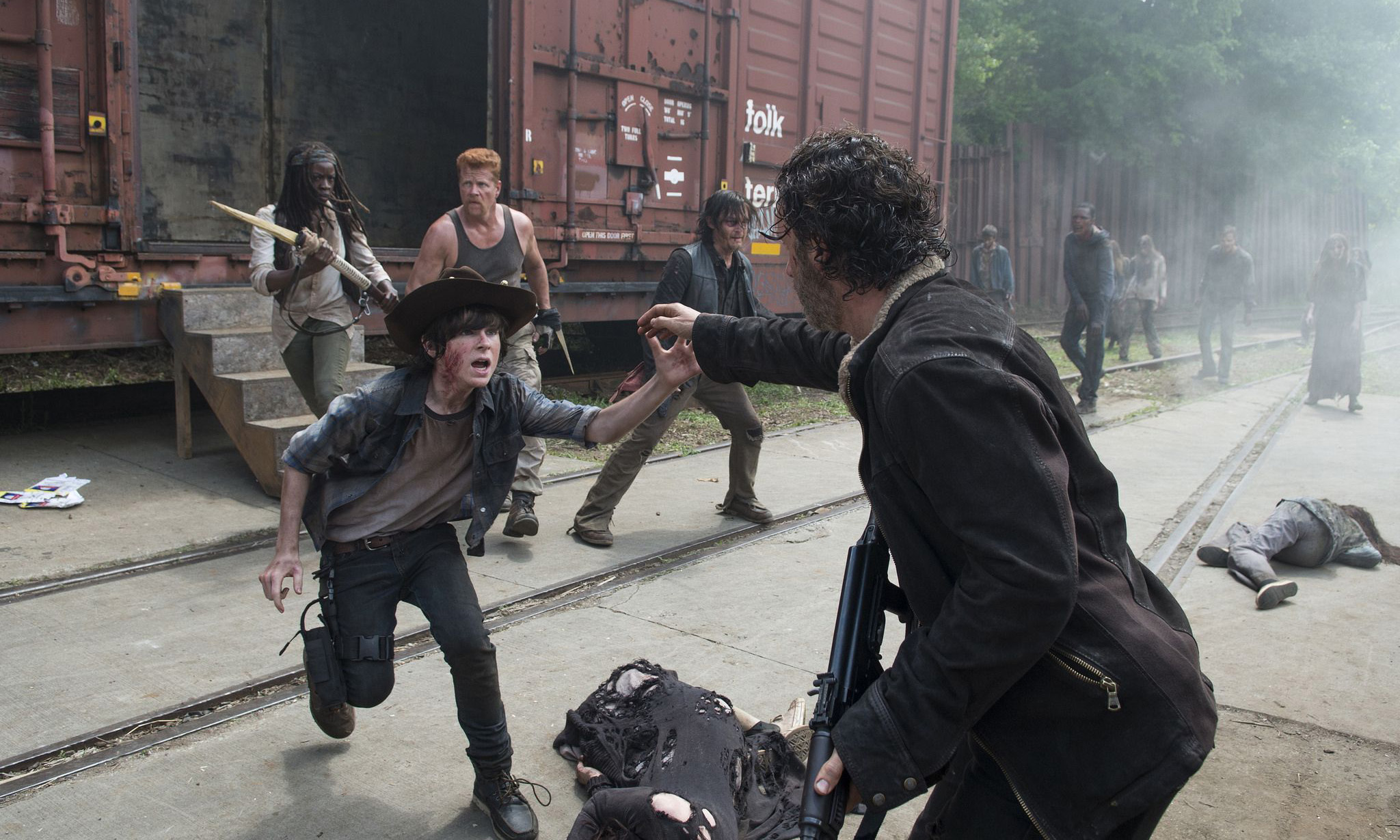 the-walking-dead-s05-01-no-sanctuary-006