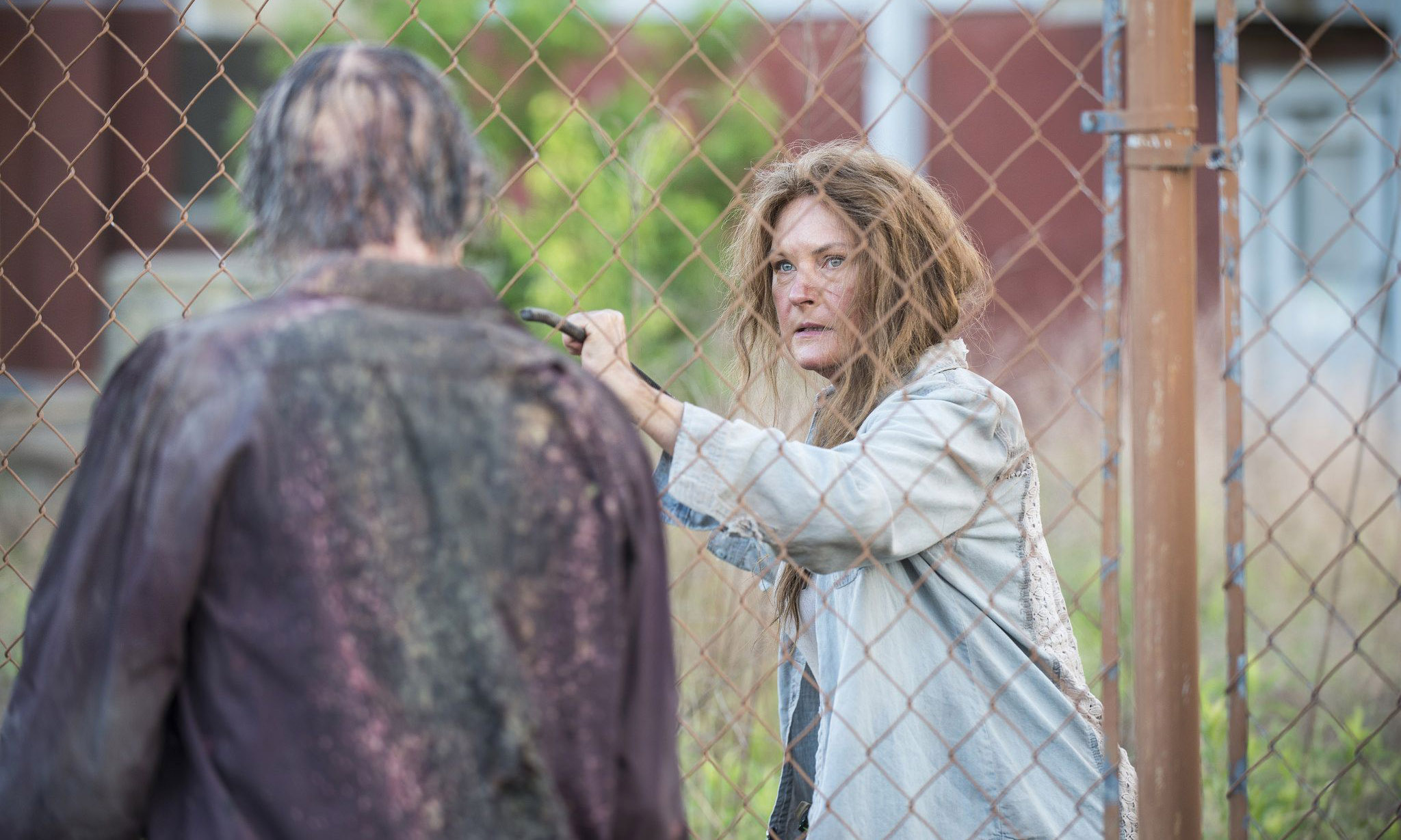 the-walking-dead-s05-01-no-sanctuary-007