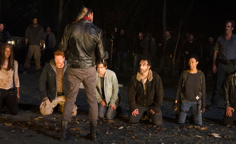 Andrew Lincoln comenta as críticas ao cliffhanger do final da 6ª temporada de The Walking Dead
