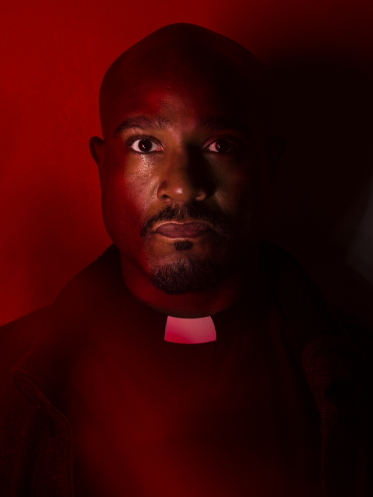 padre-gabriel-the-walking-dead-7-temporada-002