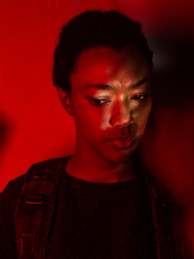 sasha-the-walking-dead-7-temporada-002
